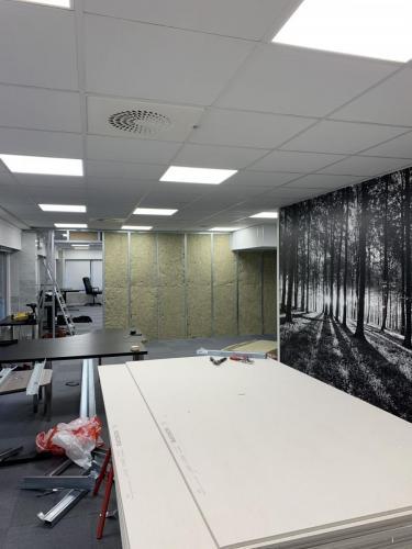 Ombygging fra kontorlandskap til undervisningslokaler.